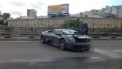 Ламборджини врезался в отбойник - фото: Фоторепортаж