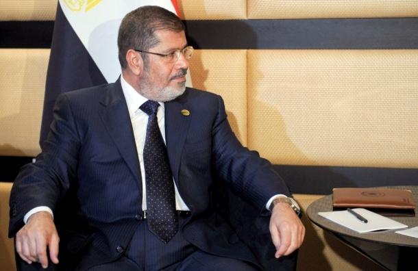 Сфотографироваться с президентом Египта можно на площади Аббасия в Каире