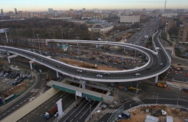 Максимальную разрешенную скорость на некоторых трассах Москвы увеличат до 80 км/ч