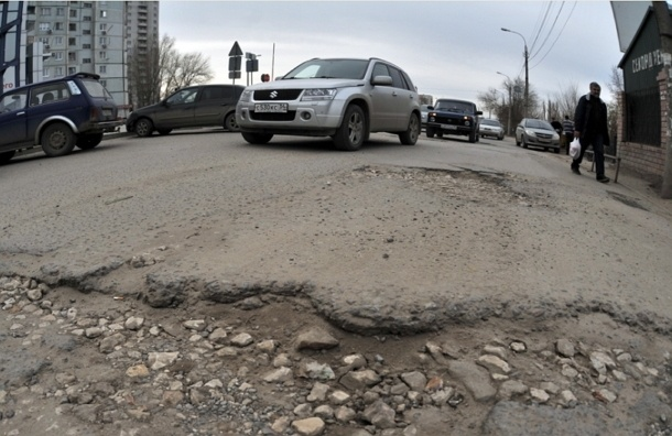 Хорошие дороги и иномарки послужат снижению числа ДТП в России – ЭКСПЕРТ