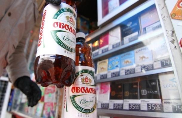 Онищенко предлагает запретить продажу алкоголя в пластиковых бутылках