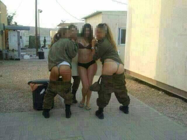 Девушки-новобранцы израильской армии - фото: Фото