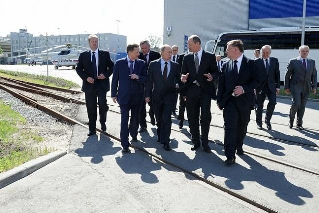 Путин на оборонном предприятии Петербург 19 июня 2013: Фото