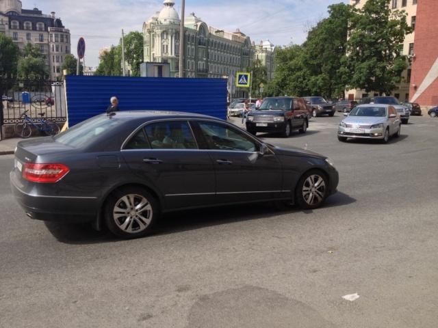 Бизнес-центр на Петроградке: Фото