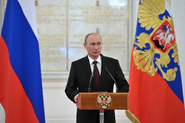 Путин, встреча с офицерами, назначенными на высшие командные должности, 7 июня 2013: Фото