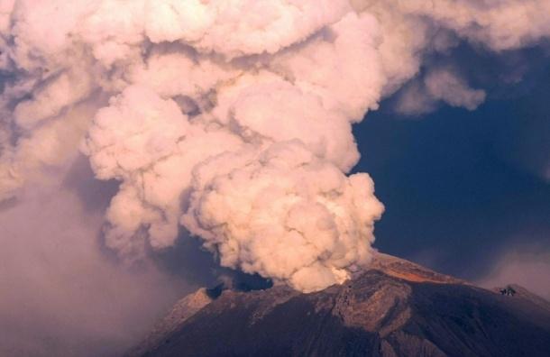 НЛО приземлилось в мексиканский вулкан - ВИДЕО