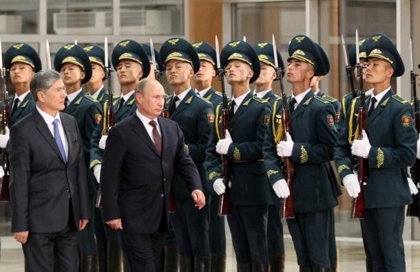 Россия начнет поставлять оружие в Киргизию в 2014 году
