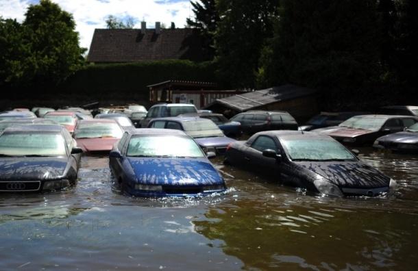 В Канаде эвакуируют жителей из-за наводнения