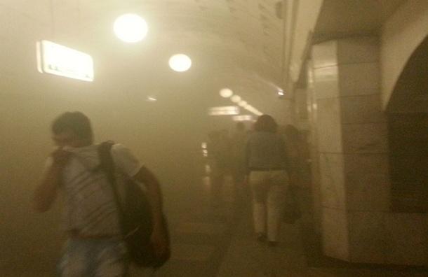 Пострадавшим при пожаре в московском метро мэрия выплатит по 100 000 рублей