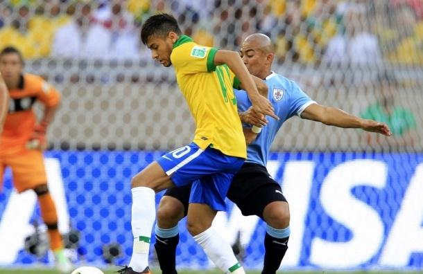 Бразилия победила Уругвай со счетом 2:1 и вышла в финал Кубка конфедераций