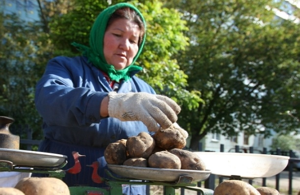 Почему картошка в России стоит дороже бананов?