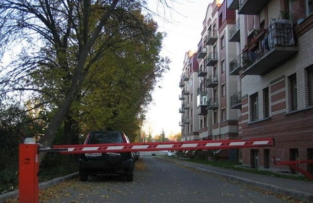 Для москвичей приняты правила установки дворовых шлагбаумов - мэрия