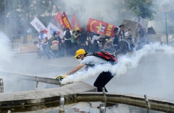Антиправительственные акции в Турции продолжаются