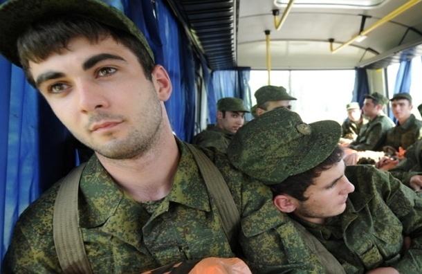 Уклонисты от армии не смогут поступить на госслужбу РФ