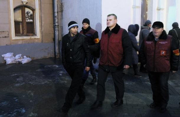 В Подмосковье начались массовые задержания мигрантов - ВИДЕО