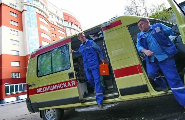 Беспомощные больные оказались на улице, брошенные врачами - СКАНДАЛ
