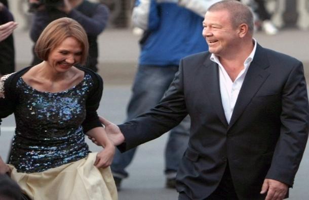 Звезда сериала «Улицы разбитых фонарей» приобрел недвижимость в Болгарии