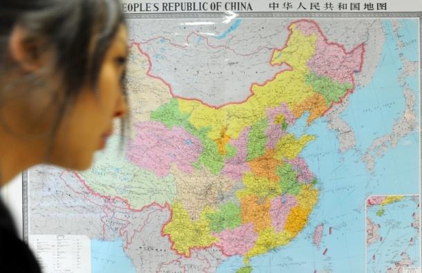 Китаец выжил после падения с пятого этажа - ВИДЕО