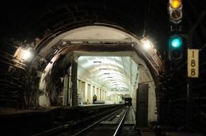В московском метро 29-летнего машиниста убило током