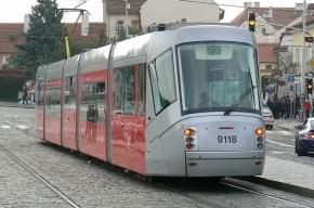 Кировский завод будет делать для Петербурга трамваи и троллейбусы