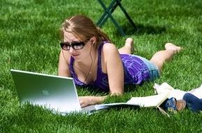 На Невском проспекте и в Александровском парке появился свободный доступ в Wi-Fi