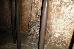 В Петербурге нашли скелет в коллекторном колодце