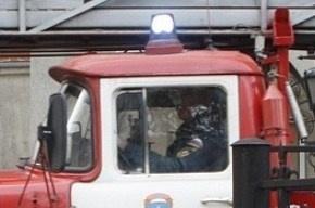 Девушка не заметила пожарную машину и врезалась в нее: огнеборцы не успели на вызов
