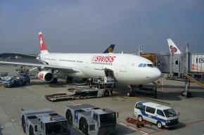 Из летевшего в США самолета пропали 1,2 млн долларов