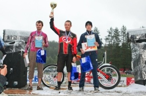 Самые масштабные велосипедные соревнования в дисциплине кросс-кантри,  а также экстремальные прыжки с трамплина на велосипеде в воду - пройдут в Петербурге 30 июня!