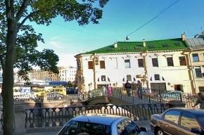 В кафе на Сенной площади до смерти избили приезжего