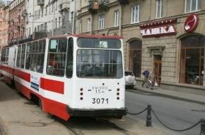 Вместо трамвая по Тучкову мосту пустят автобус