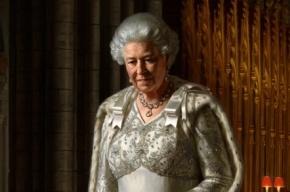 Портрет королевы Елизаветы II в Вестминстерском аббатстве облили краской