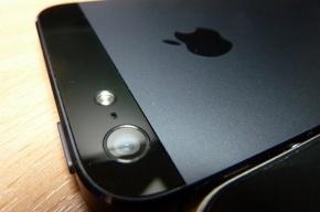 Apple выпустит iPhone с большим экраном и дешевые разноцветные модели