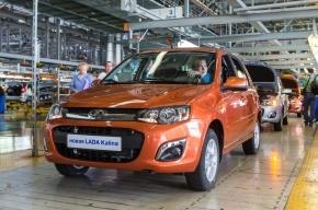 «АвтоВАЗ» доставил дилерам новую Lada Kalina
