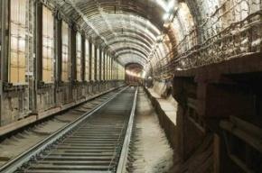 Пассажиры петербургского метро жалуются на запах гари