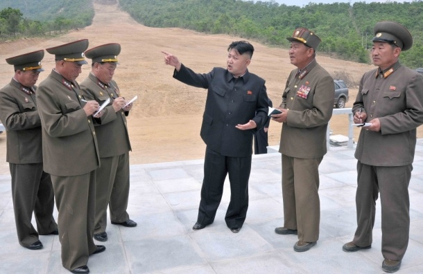 Ким Чен Ын подарил своим военачальникам
