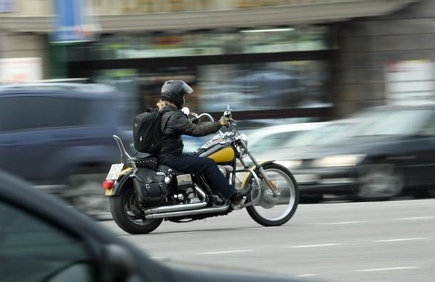 Парковать мотоциклы и электромобили в центре Москвы можно бесплатно