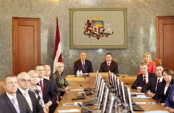 Экс-кандидат из Латвии сказал оппонентам по-русски