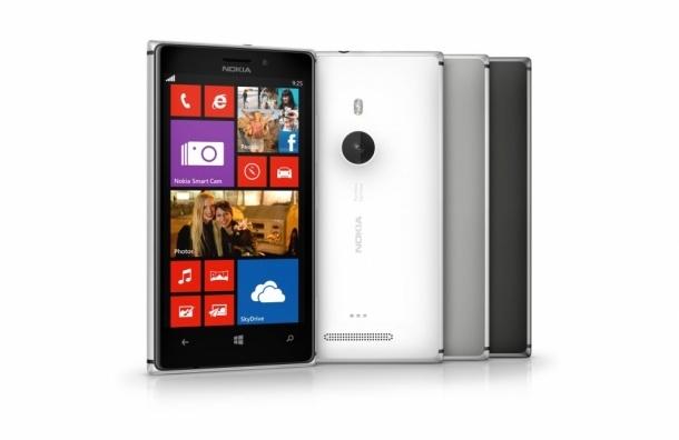 Старт продаж Nokia Lumia 925: совместная презентация в салоне