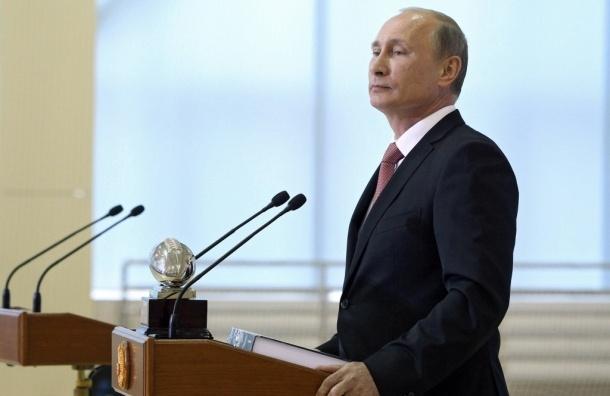 Наказания за торговлю контрафактом и обман покупателей ужесточены - Президент РФ
