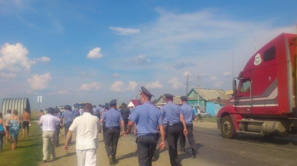 Беспорядки в Пугачеве: Фото