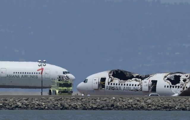 Самолет Boeing 777 разбился в Сан-Франциско 6 июля 2013 года: Фото