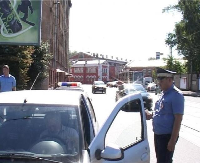 Рейд против бомбил, Калининский район, 30 июля 2013: Фото