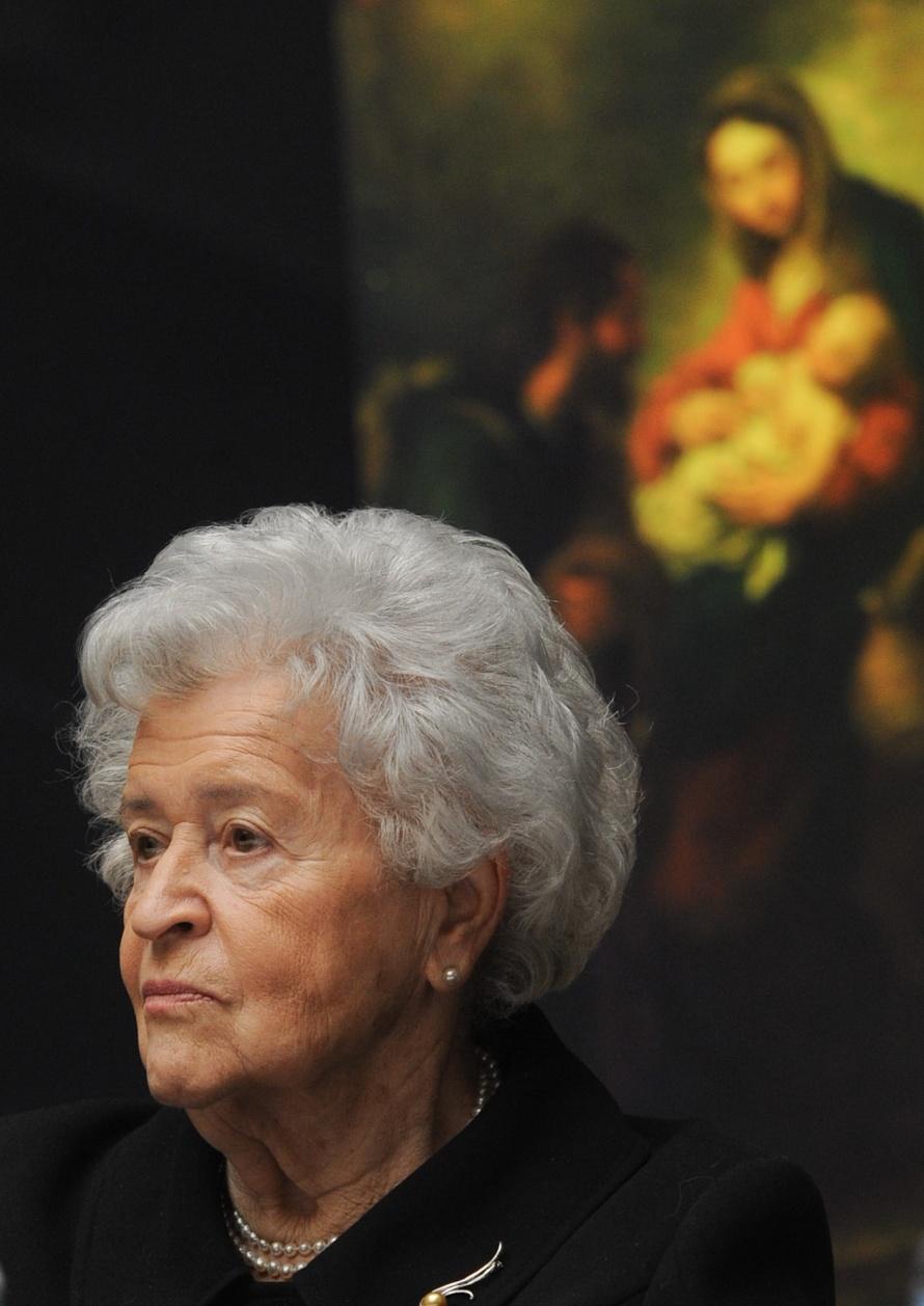 директор пушкинского музея ирина антонова фото горы туманной