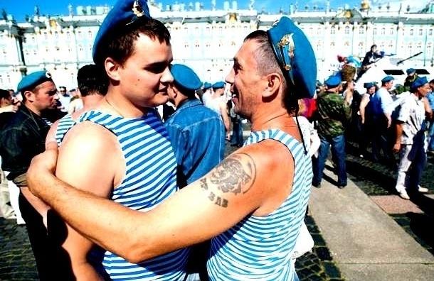 Сторонники ЛГБТ-движения проведут пикет на Дворцовой в День ВДВ
