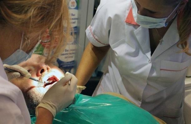 Новые зубы будут выращивать прямо в полости рта