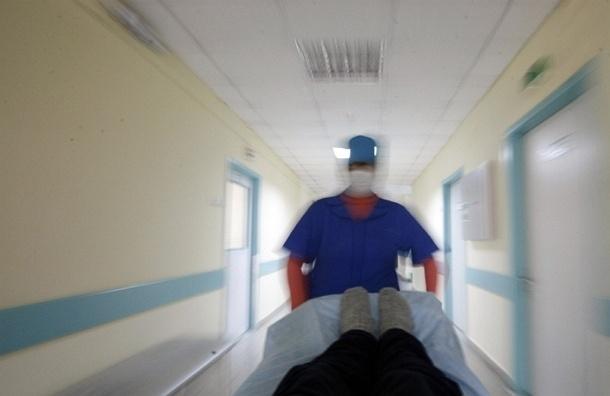 Пьяный пациент набросился на медсестру в московской больнице