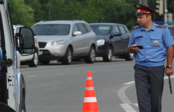 ДТП в Москве:  трезвый полицейский на автомобиле протаранил 8 машин