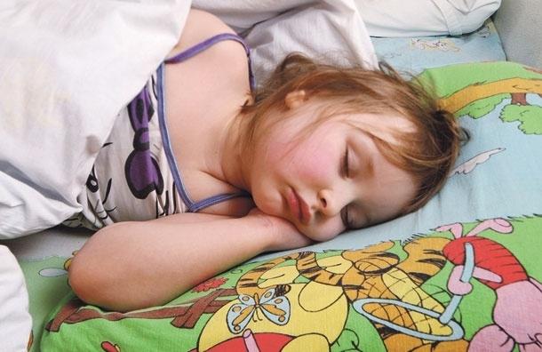 Засыпая, гасите свет. Спать привключенной лампе опасно дляздоровья