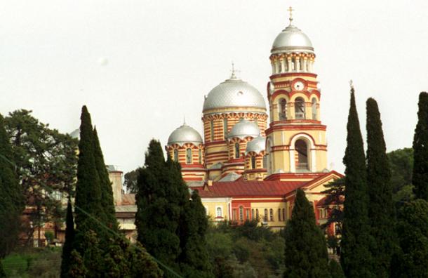 РПЦ запретила православным молиться в Новоафонском монастыре Абхазии